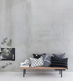 Cushions do not need to match. Trendy Furniture, Furniture Design, Modern Interior Design, Interior Architecture, Ikea, Home And Living, Living Room, White Rooms, Design Moderne