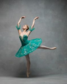 Ballet legacy Maria Sascha Khan sister to Nadia Khan, Julian and Nicholas Mackay Happy St. Patricks Day 🍀 Photo ©️Ken Browar and Deb Ory of the NYC Dance Project ☘️☘️☘️☘️☘️☘️☘️☘️☘️☘️☘️ Ballet Moves, Ballet Art, Ballet Dancers, Green Tutu, All About Dance, Dance Project, Alvin Ailey, Ballet Beautiful, Dance Pictures