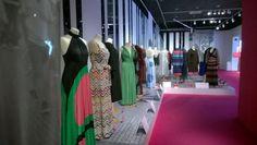 La exposición que se acoge en el Palau Robert acoge hasta 300 prendas / Fotografía de I. Rodríguez