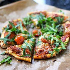 Se si fa in quattro per renderti felice è una pizza. (Anonimo)  Regrann @dasknusperstuebchen  #cute #igersitalia  #hdr #hdrhunter #photooftheday #instadaily #tbt #huffpostgram #pics #vscocam #vscoitaly #vscophoto #food #dinner #beautiful #beautifull #awesome #followme #bestoftheday #vsco #italy #igers #foodporn #foodie #dinnerdate #amazing #instagood #instalovers #instagold #photo by luka.borghi