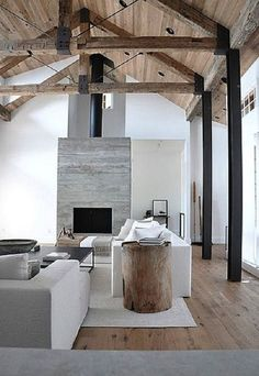 Exposed Beams - Architectural Elements: Amazing Exposed Timber Beams & Trusses At Home Timber Beams, Exposed Beams, Steel Beams, Timber Roof, Steel Columns, Style At Home, Interior Architecture, Interior And Exterior, Victorian Architecture
