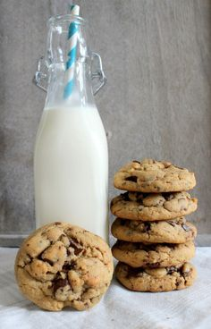 Wicked sweet kitchen: Peanut butter chocolate chip cookies