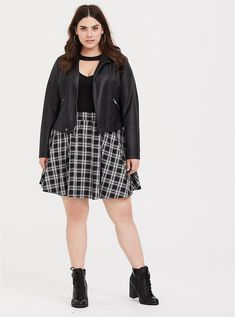 2x Frugal Torrid Black Faux Leather Pleated Skirt Womens Plus Size 2 Clothing, Shoes & Accessories