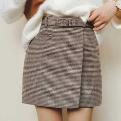 A line Mini Wool Belted skirt