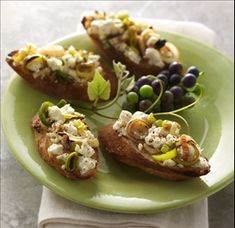 Brochette with Caramelized Leeks & Feta Cheese - The fresh colors of Nikos® brand Fat Free Feta Cheese and green leeks makes a delicious topping on a toasted baguette. Perfect to serve as an appetizer at any party, any season. Thanksgiving Recipes, Fall Recipes, Great Recipes, Favorite Recipes, Summer Appetizer Recipes, Appetizers, Appetizer Ideas, Feta Cheese Recipes, Spinach And Feta