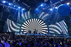 MTV EMA 2014 staged in the SSE Hydro and presented by Nicki Minaj. production was designed by Florian Wieder and Matthias Kublik from Wieder Design. lighting designed by Tom Kenny of PRG. Read more: http://livedesignonline.com/xl-video-supplies-another-successful-mtv-ema-event