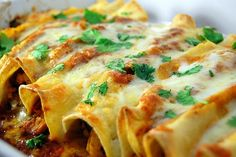 aka the best enchiladas ever! Thank you so much to Laura, at Tide and Thyme , for introducing me to this recipe. Seriously - they were so ...