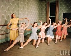 electronicsquid: Dance class, Madison, Wisconsin(Alfred...