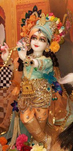 Krishna Lila, Bal Krishna, Krishna Art, Radhe Krishna, Hanuman, Lord Krishna Images, Radha Krishna Images, Radha Krishna Photo, Krishna Photos