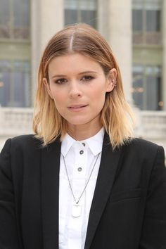Redhead hair is on trend in but there are certain shades to try. From copper to berry blonde, here are the colours to take to your hairdresser. Kate Mara, Strawberry Blonde Hair Color, Red Hair Color, Collins Image, Kate Bosworth, Jessica Chastain, Pretty People, Hair Trends, Hairdresser