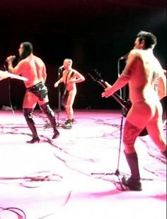 Richard Kruspe and Rammstein on Mann gegen Mann video