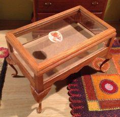 Judy Beals, IGMA artisan - curio table