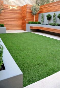 Urban garden design - Backyard Landscaping Landscape Design Style The Best Look for Your Yard Urban Garden Design, Back Garden Design, Fence Design, Wall Design, House Design, Facade Design, Small Back Garden Ideas, Small Garden Ideas Low Maintenance, Small House Garden