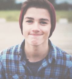 Finn Harries <3