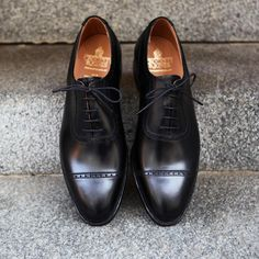 http://chicerman.com  roseandborn:  Formal Tuesday! First MTO arrival for the season. A adelaide oxford in black calf leather on the 341 last. #roseandborn #crockettandjones  #menshoes