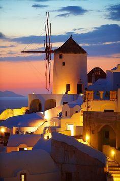 Oia Santorini - Windmill sunset