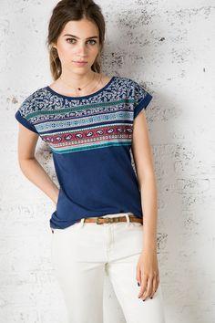 CAMISETA BANDANA » Camisetas » Rebajas » Woman » Springfield Man & Woman