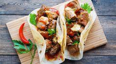 Фахитос с курицей, говядиной и свнининой - рецепты блюда с фото и видео