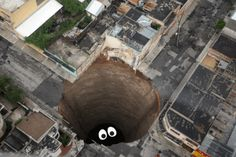 En el fondo de un agujero negro siempre hay alguien