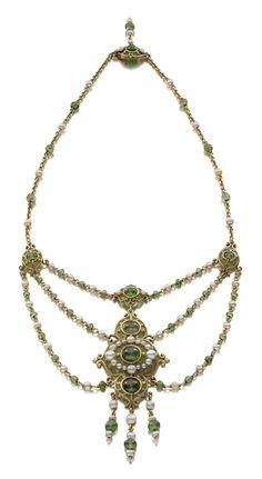 Marcus & Co., Necklace, 1900 • Gold, natural pearls, demantoid garnet, enamel