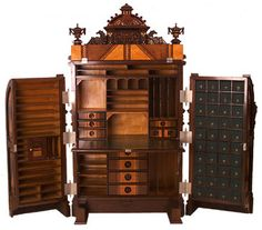 American Wooten Desk - Superior Grade, rare and very lovely example. c.1870-80.