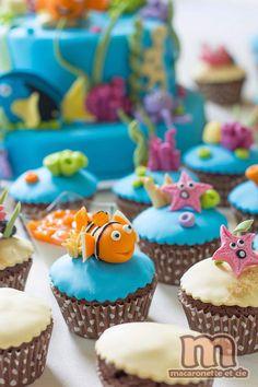 Sweet table Némo suite - Pas à pas pour transformer des muffins en cupcakes Némo - Macaronette et cie
