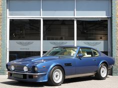 Roger Moore S Aston Martin Dbs Sets World Record Classic And