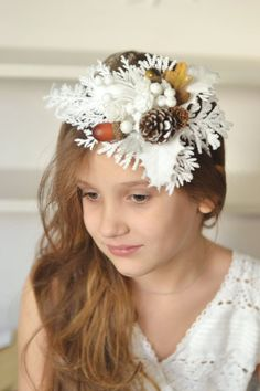 Winter crown Bridal headpiece winter wedding crown Pine cone hair accessory whit… - All For Bride Hair Style Bride Headband, Wedding Headband, Crown Headband, Bridal Crown, Bridal Hair, Headbands, Christmas Headpiece, Christmas Hair, Christmas Wedding