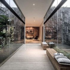 99 Gorgeous Modern Exterior Dream House Idea Trend All Years – HOME DECOR UPDATE The idea of a Modern Exterior Dream House has been there ever since the emergence of modern architecture. The core reason behind the need for such a h… Design Exterior, Modern Exterior, Home Interior Design, Interior And Exterior, Modern Mansion Interior, Modern Architecture House, Modern House Design, Interior Architecture, Modern House Exteriors