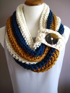 Chunky Bulky Button Crochet Cowl  Off White by CrochetCluster, $28.00