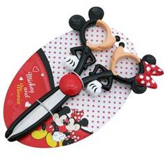Mickey and Minnie Mouse kissing scissors  From Japan's Disney Store