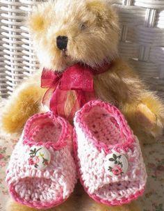 Crochet Baby Sandals, Baby Bonnets, Pink Sandals, Newborn Crochet, Fabric Covered Button, Button Flowers, Handmade Baby, Hand Crochet, Knit Crochet
