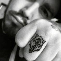 """Résultat de recherche d'images pour """"tatouage couple de loup"""""""