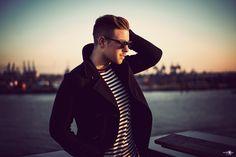 Sundown Male Model Photo shoot at the harbour - Hamburg / Portrait / Fashion / Lifestyle