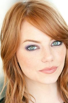 Hate makeup, so natural look for me. Emma stone, you are perfect and so is your natural look makeup