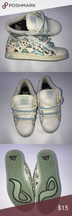 Adio Size 9 Blue and White Skate Shoes Adio Size 9 Blue and White Skate Shoes DC  etnies DC Shoes Athletic Shoes