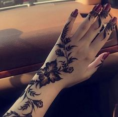 This article is about the best and gorgeous henna patterns. We are selecting Top 10 Lovely Mehndi Designs for Girls 2019 here from the best.