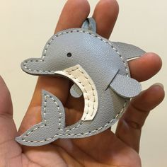 Limited time offer - Small size - Dory the Dolphin cowhide leather charm ( grey ) Leather Gifts, Leather Craft, Leather Accessories, Leather Jewelry, Leather Keychain, Leather Wallet, Cowhide Leather, Tan Leather, Wallet Pattern