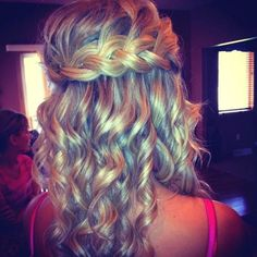 Potential prom hairstyle! Absolutely love the braid and maybe looser curls at he bottom?