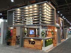 When Thomas Land and Development asked us to design a tradeshow booth on their behalf, we knew something special was in order. Using Pearlescence Graphite, we brought together elements of rustic and modern elements to achieve the unique look our client was seeking. #LaminArt #commercial #commercialdesign #interiordesign #tradeshow