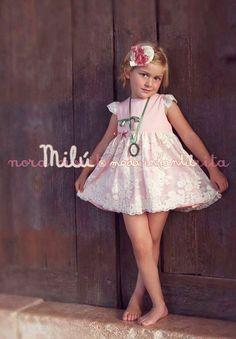 Vestido rosa con tul bordado colección Harmonie de Nora Norita Nora