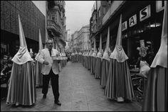 Cartagena (Murcia) 1981 (penitentes). CRISTINA GARCIA RODERO