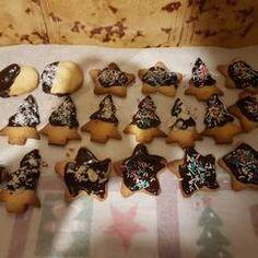 Μπισκότα Χριστουγεννιάτικα συνταγή από anastasia1767 - Cookpad Christmas Cookies, Kuchen, Xmas Cookies, Christmas Crack, Christmas Biscuits, Christmas Desserts