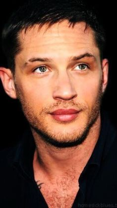 H E A V E N L Y Tom Hardy Show, Tom Hardy Actor, Gorgeous Men, Beautiful People, Tom Hardy Variations, Fifty Shades Series, Actors Male, Stud Muffin, Hot Guys