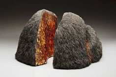 """Mary Giles, Golden Fissure, waxed linen, hammered brass wire, fine iron wire, 10"""" X 28"""" X 13"""", 2010."""
