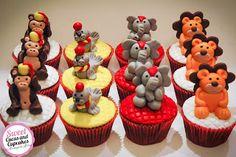 Sweet Cucas and Cupcakes by Rosângela Rolim: Cupcakes Decorados Tema Bichos do Circo