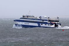 Redmer van der Meer fotografeerde ms Vlieland tijdens de februaristorm in 2011 @rederijdoeksen #Vlieland #Waddenzee
