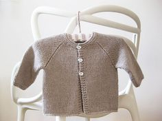 Ravelry: Project Gallery for Cardigan raglan (Tout doux en Cashmere) pattern by La Droguerie