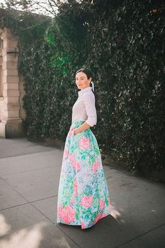 Beach in the City Lilly Pulitzer Ball Gown Skirt and White ShirtLilly Pulitzer Ball Gown Skirt and White Shirt Ball Skirt, Gown Skirt, Maxi Skirt Outfits, Maxi Skirts, Future Clothes, She Is Clothed, White Button Up, Preppy Style, Ladies Dress Design
