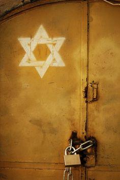 Jerusalem Door with a Star of David sign